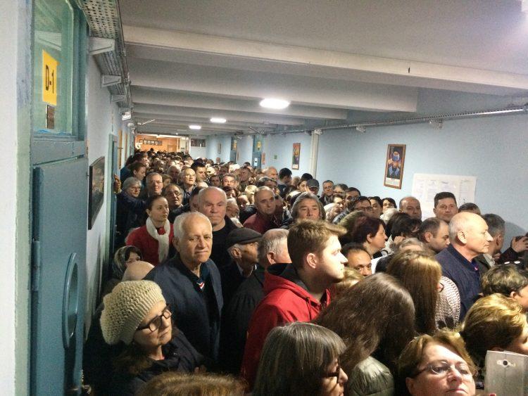 Bulgaristan Seçimlerine bitmesine 2 saat kaldı ve en güncel sonuçları buradan takip edebilirsiniz