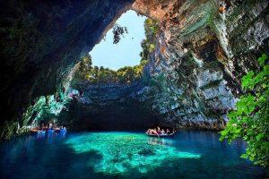 melissani cave kefalonia island greece 2 300x200 melissani cave kefalonia island greece 2